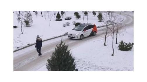视频:YANDEX无人车雪地路测,普京视察YANDEX无人车
