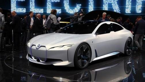 """宝马""""i4""""真的来了:慕尼黑投产,采用CLAR架构开发"""