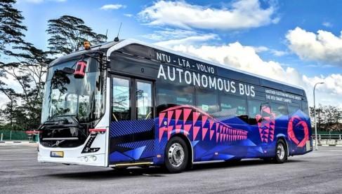 Volvo与新加坡南洋理工大学 测试自动驾驶单层巴士