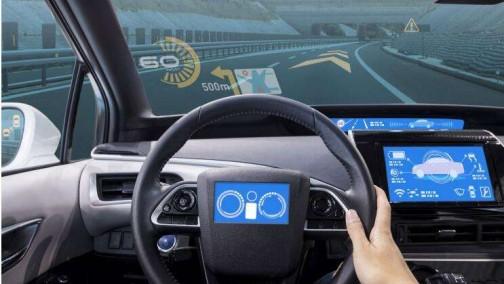 """三大技术满足功能升级需求,车载显示加快""""上路"""""""