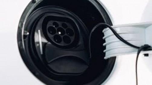 英国政府拨款1000万英镑支持充电设施建设