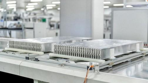 探访比亚迪刀片电池工厂:所有汽车品牌都来谈过