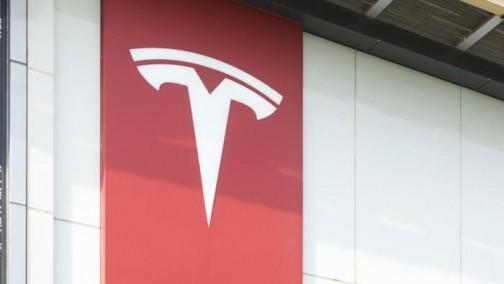 特斯拉市值再创新高,智能汽车受到资本市场追捧